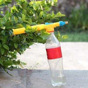Postřikovač na láhve